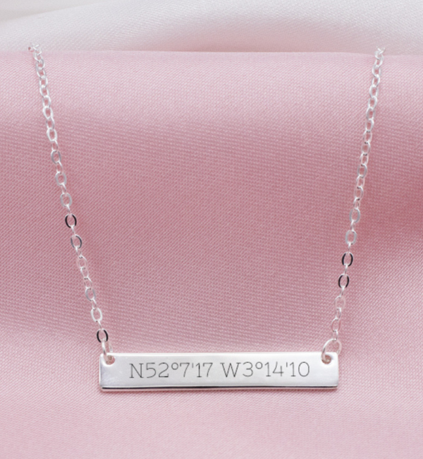 Sieraden graveren Silver necklace with engraving charm 'Tiffany style' - Copy - Copy - Copy - Copy