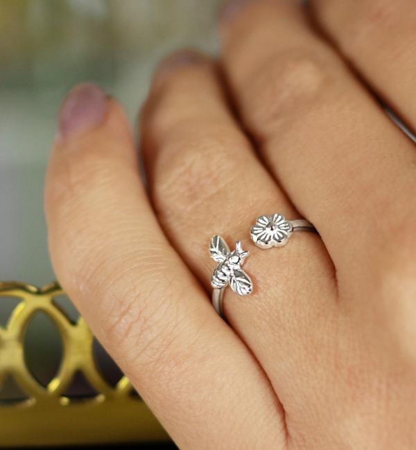 KAYA sieraden Zilveren Ring 'Little Bee'