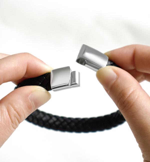 KAYA sieraden Zwarte Rundleren Vader & Zoon Armbanden met Gravure