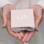 Sieraden graveren Letterketting 'Big Initial' 3 letter | Kies de kleur