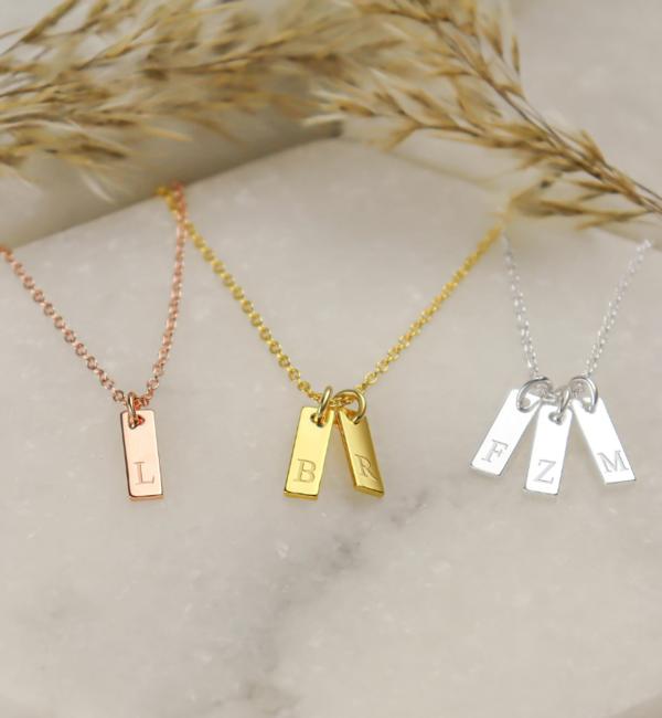 KAYA sieraden Zilveren Ketting met Initiaal 'Mini Flat Bar'