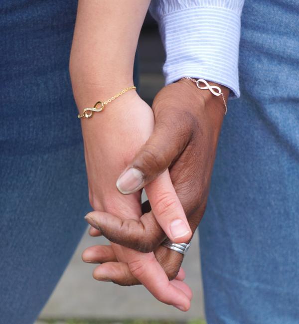 KAYA sieraden Armband met Wenskaart Dochter naar Keuze