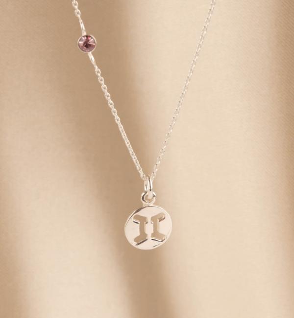 KAYA sieraden Zilveren Ketting met Inline Geboortesteen en Sterrenbeeld Bedel