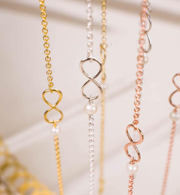 KAYA sieraden Armband met Wenskaart Vriendinnen naar Keuze