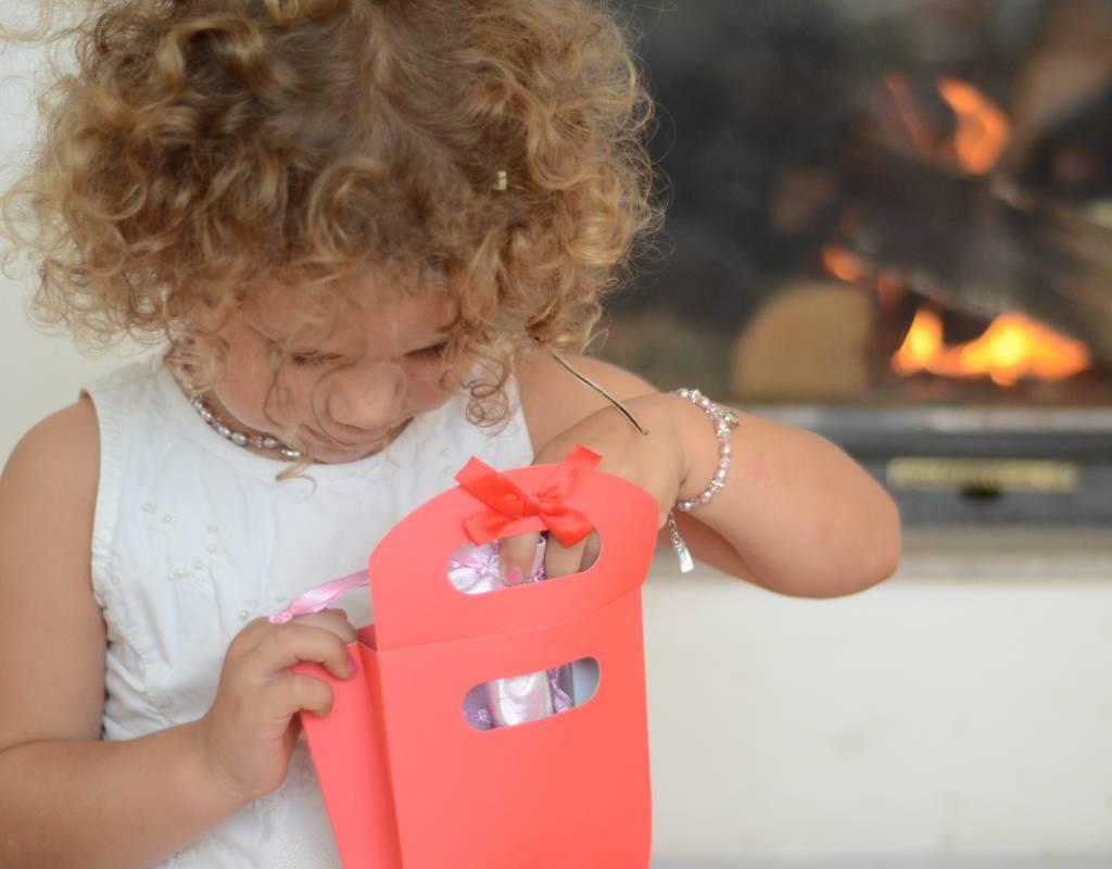 KAYA Verras kind, tiener en vrouw met 4 sieraden in een cadeautas!