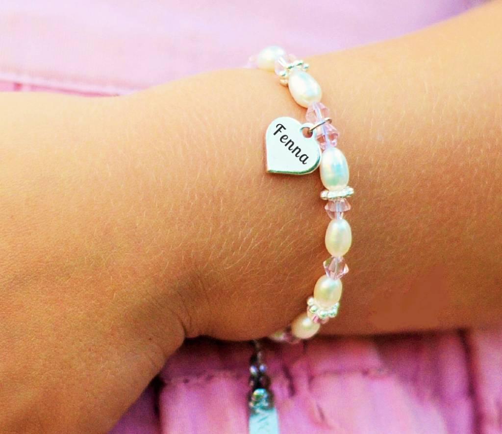 KAYA sieraden Armband 'Infinity Pink' met voornaam bedel
