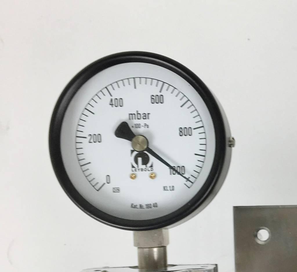 Leybold Refurbished Leybold Bourdonvac A Vacuum Gauge