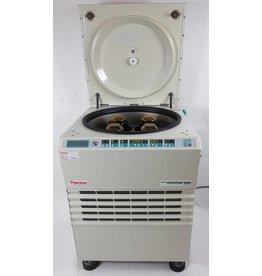 Thermo Scientific Thermo Heraeus Cryofuge 5500i  Gekühlte Standzentrifuge für die Blutauftrennung