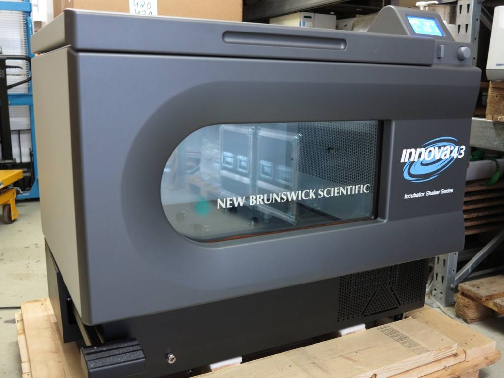 New Brunswick Innova 43R Schüttelinkubator gekühlt (Demo)
