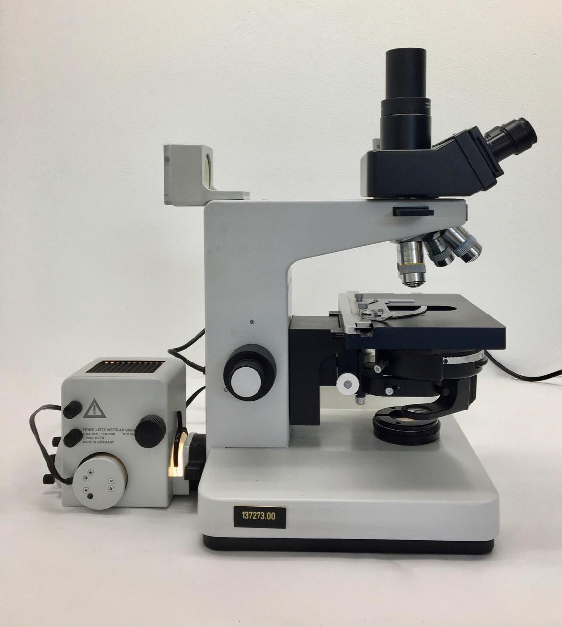 Leitz Leitz Dialux 22  Microscope