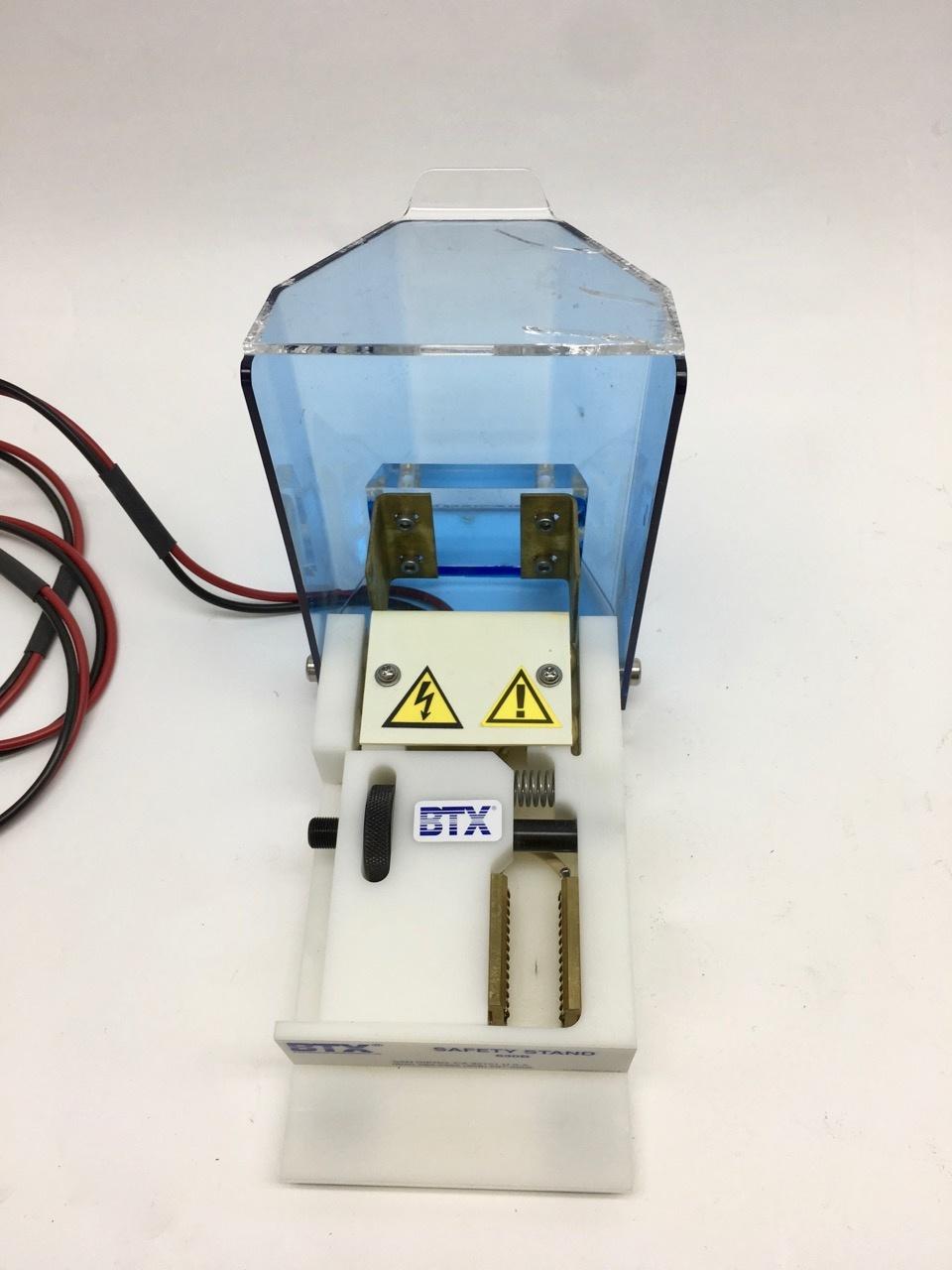 BTX BTX ECM 830 Square Wave Electroporator with BTX Safety Stand 630B