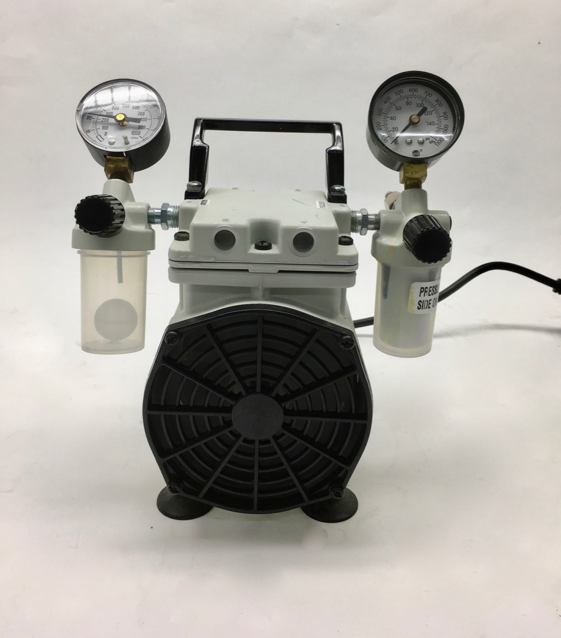Welch Welch WOB-L PRESS/VAC DRY PUMP 2 2522Z-02 Vakuumpumpe