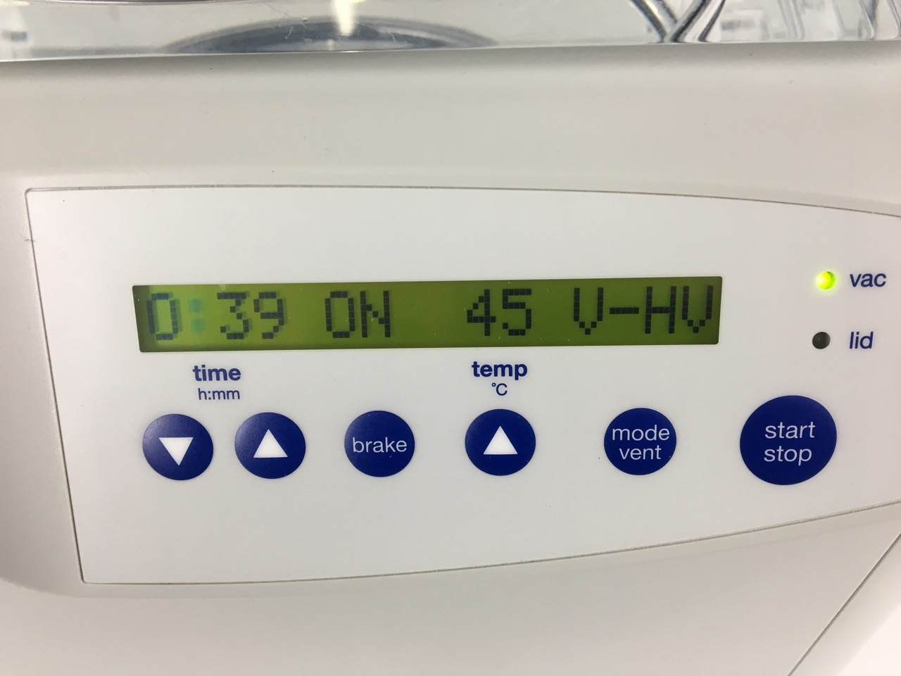 Eppendorf Eppendorf Concentrator Plus complete System, with Rotor and integrated Vacuum pump