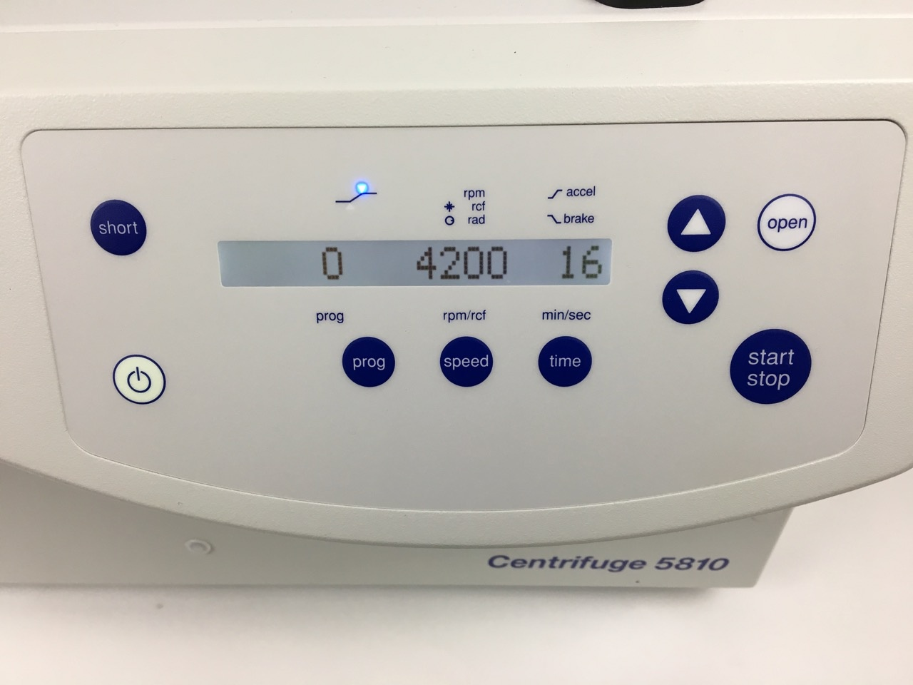 Eppendorf Eppendorf Centrifuge 5810 with Rotor - DEMO