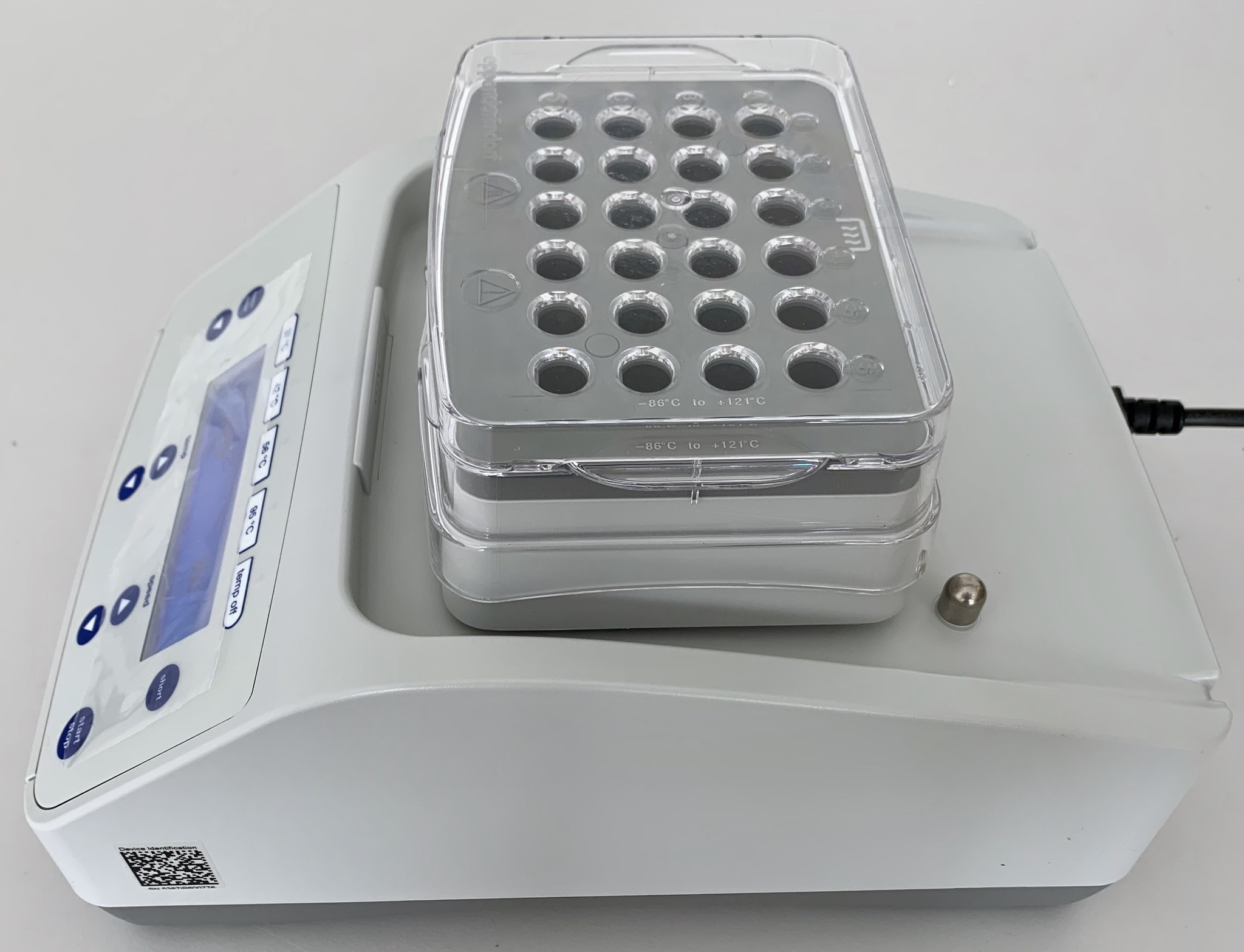Eppendorf Eppendorf ThermoMixer F2.0 with Thermoblock 24 x2,0 ml