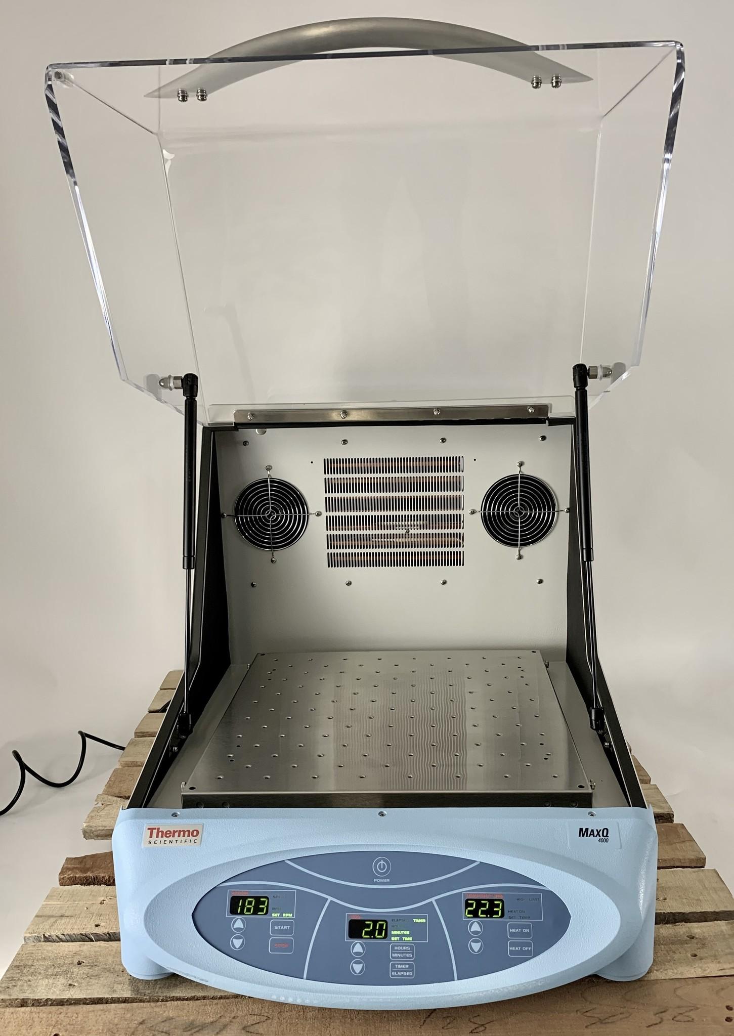Thermo Scientific Thermo MaxQ 4000-8CE Inkubationsschüttler gekühlt