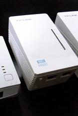 TP-Link TP-LINK TL-WPA4220TKit AV500 WIFI WLAN Powerline Adapter 3-Set