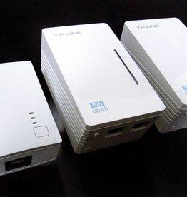 TP-Link TP-LINK TL-WPA4220TKit AV500 WIFI WLAN Powerline Adapter Netzwerkadapter 3-Set