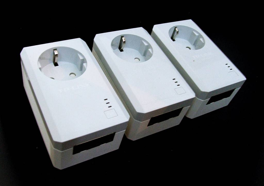TP-Link TP-LINK TL-PA4020PTKIT 500Mbps Powerline Adapter TL-PA4020PTKIT 3er Set