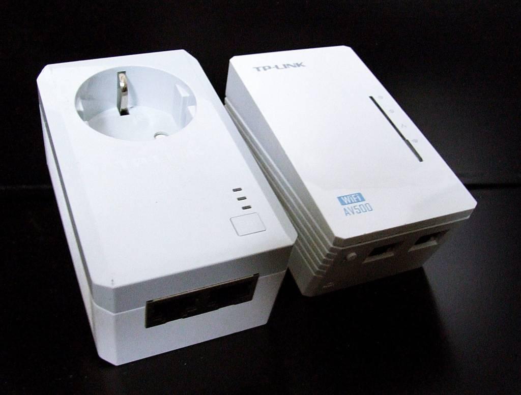 TP-Link TP-LINK TL-WPA4226Kit AV500 WIFI WLAN Powerline Adapter Netzwerkadapter 2-Set