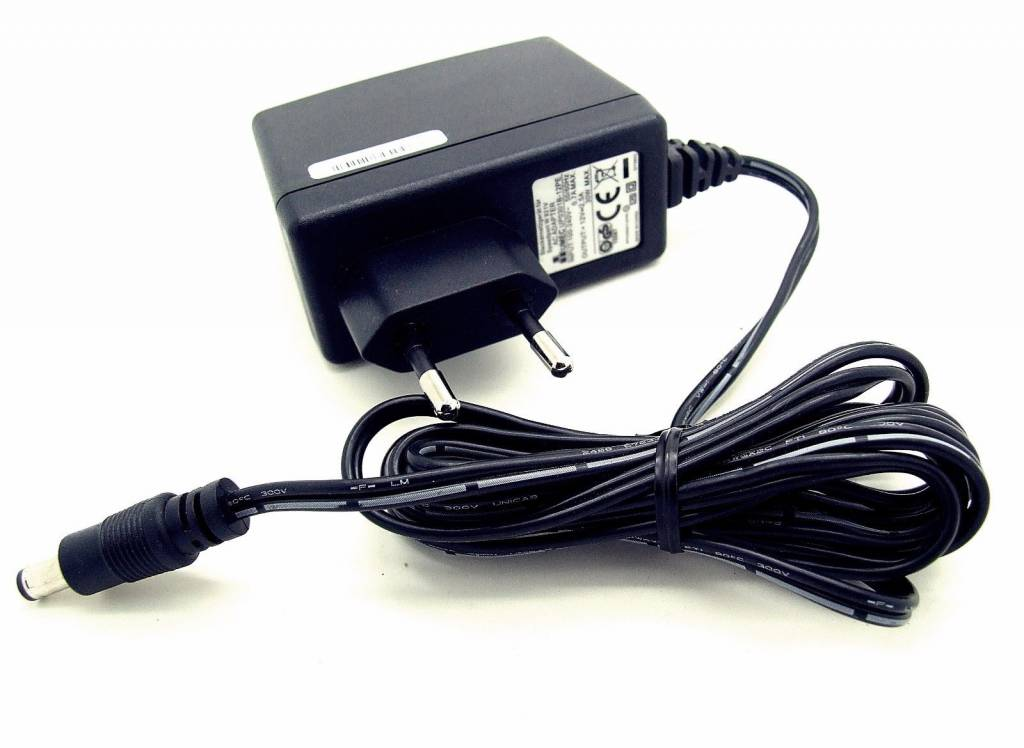 Original UMEC Speedport W921V W 921V Netzteil UP0301B-12PE 12V 2,5A Netzstecker