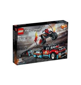 Lego LEGO Technic Truck en motor voor stuntshow