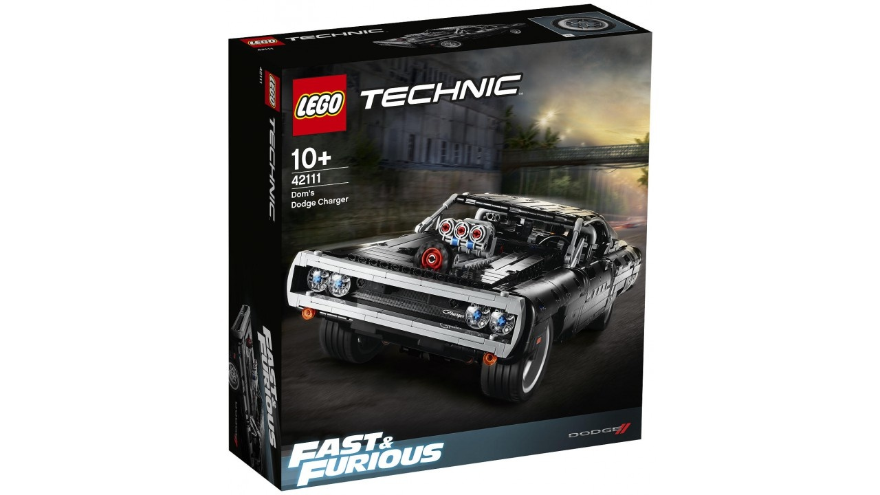Lego LEGO Technic Dom AND apos;s Dodge Charger
