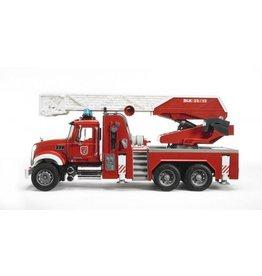 Bruder Bruder MACK Granite Brandweer Ladderwagen met waterpomp
