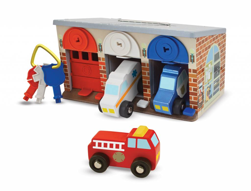Melissa & Doug Lock & Roll Rescue Car