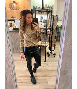 Ivy Beau  Top NORALY
