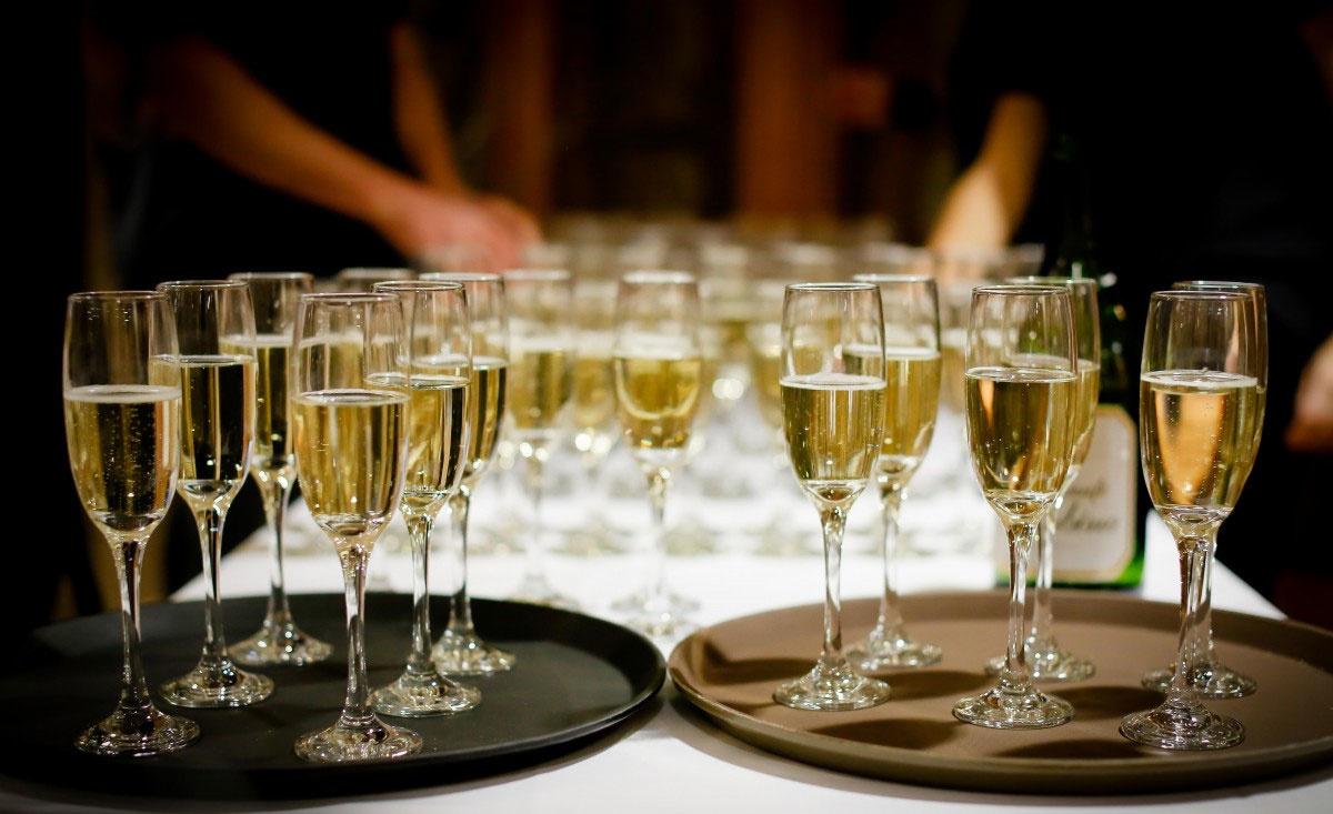 Hoe kun je het best champagne serveren? 5 tips