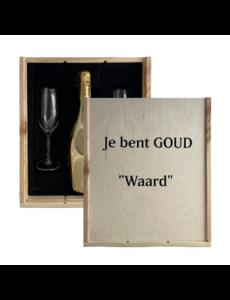 Bottega Gold in geschenkkist met 2 glazen en bedrukking