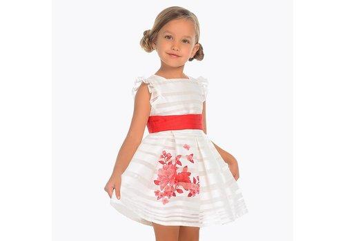 Mayoral Prachtige  witte jurk met rode bloemen en rode tailleband.