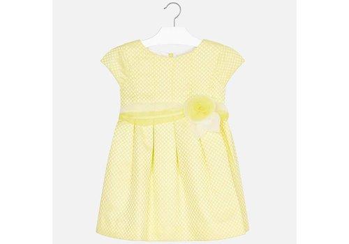 Mayoral Prachtige gele jurk afgewerkt met een zeer mooie tailleband.