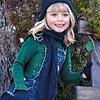 Mayoral Wunderschöner dunkelgrüner Pullover mit Strass