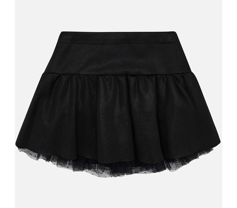 Beautiful black skirt with beautiful shine
