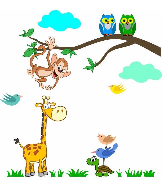 Muursticker tak met aapje, uiltjes, giraffe, schildpad en vogeltjes