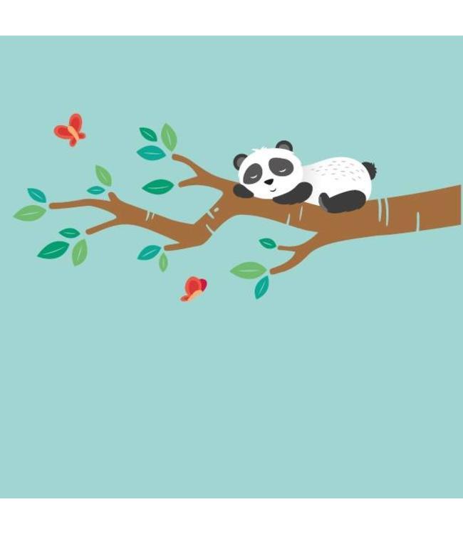 Muursticker slapende pandabeer op tak