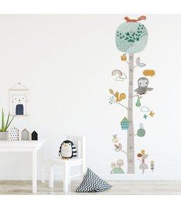 Muursticker groeiboom met schattige diertjes