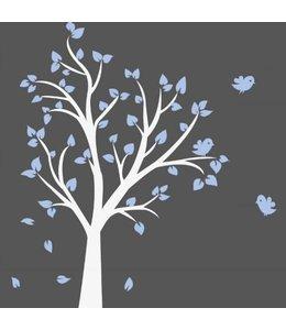 Muursticker witte boom met licht blauwe blaadjes