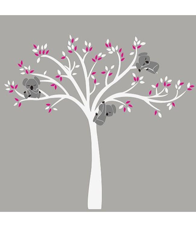 Muursticker Witte Boom.Muursticker Witte Boom Met Drie Slapende Koala Beertjes Fuchsia
