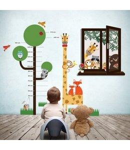 Muursticker boom en raam met dierenvriendjes