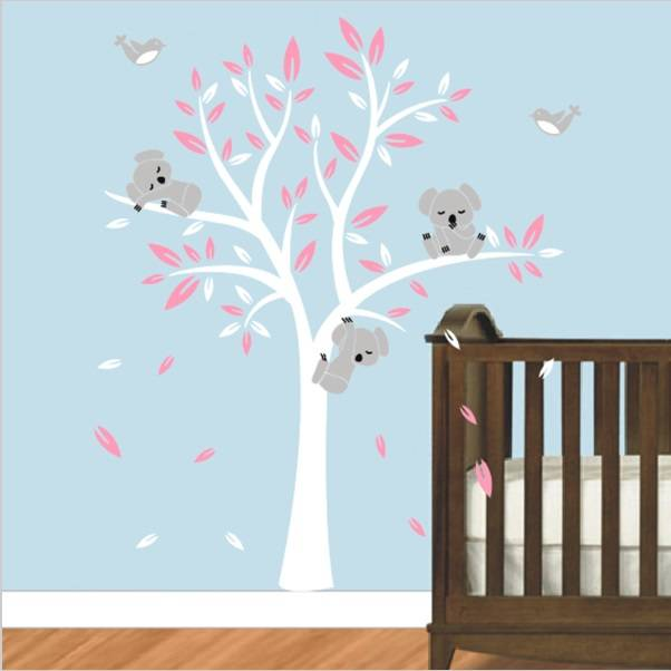 Sticker Boom Kinderkamer.Muursticker Boom Met Drie Slapende Koala Beertjes Wit Roze