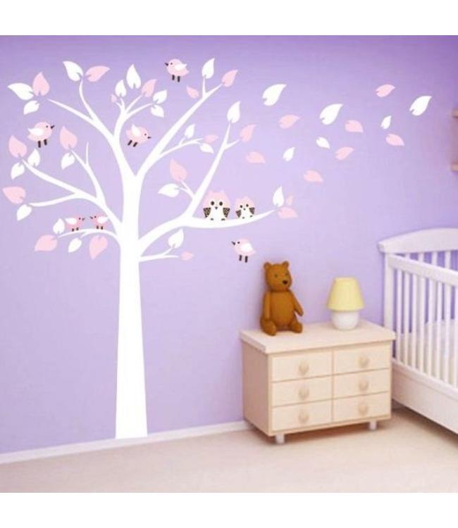 Muursticker witte boom met uiltjes en vogeltjes roze