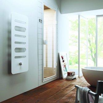 VIGOUR Designheizkörper white 1590x520 NA 50mm RAL 9016 inkl.Ventil u.Th.-Kopf VIG.