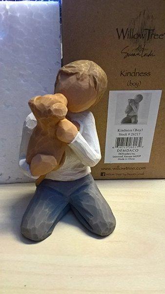 Willow Tree beeldje Kindness (jongen)