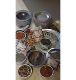 Wierook, olie, geurchip en zeezout brander
