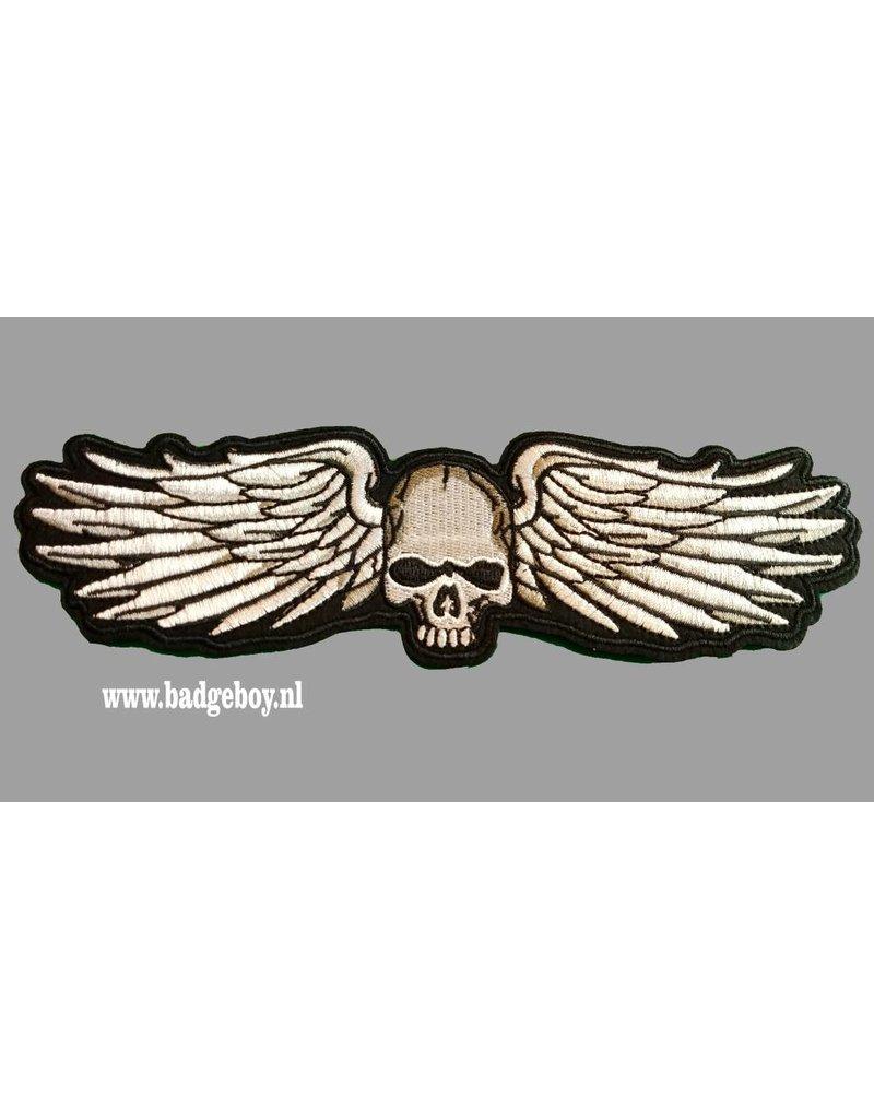 Badgeboy Skull and WIngs 20 cm wide