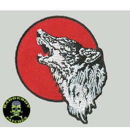 badgeboy Wolf howling to the moon