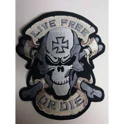 Live Free Skull Black 650 R